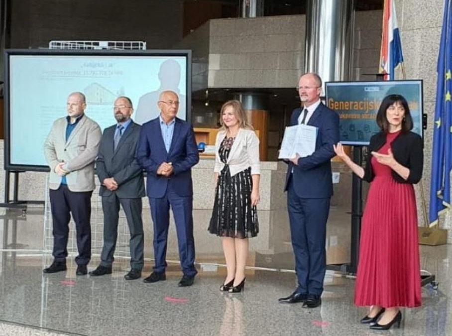 Tehnička škola Karlovac potpisala Ugovore o bespovratnim sredstvima