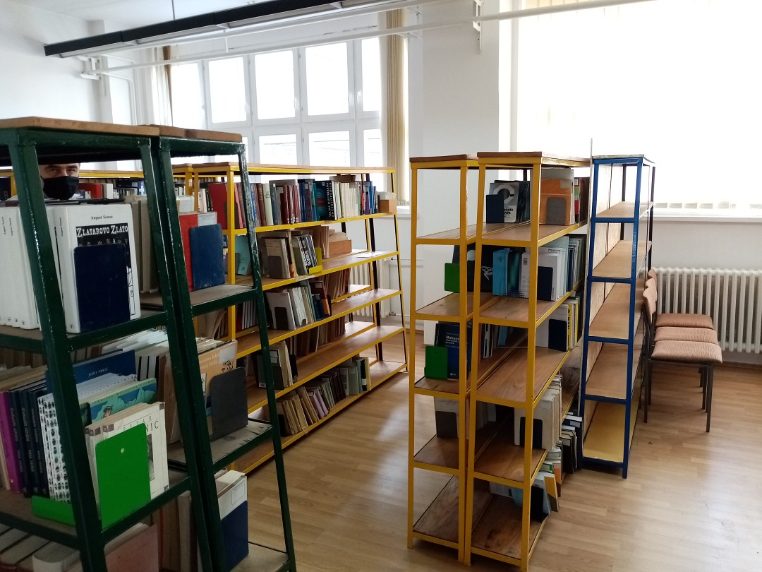 Školska knjižnica